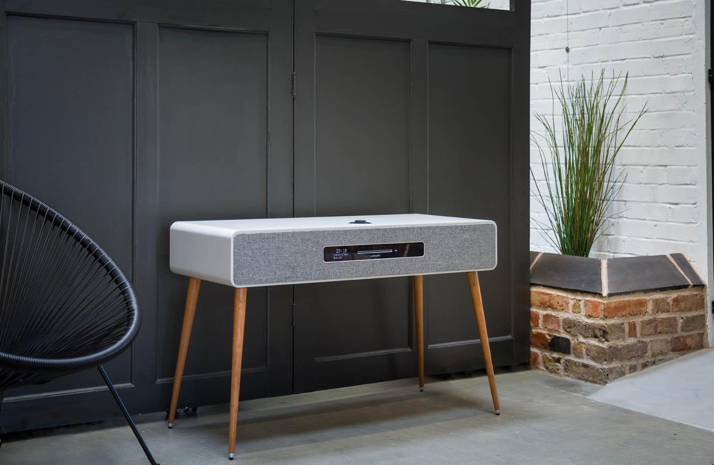 RuarkAudio R7 - Soft Grey - Lifestyle